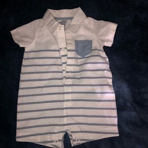 Carters NB new w/o tags